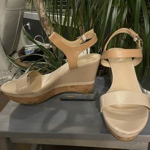 Marc Fisher wedges... new with tag